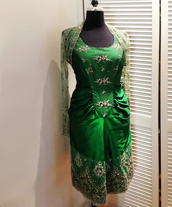 gruenes-kleid